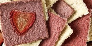Picture of Dehydrated Strawberry and Banana Crackers